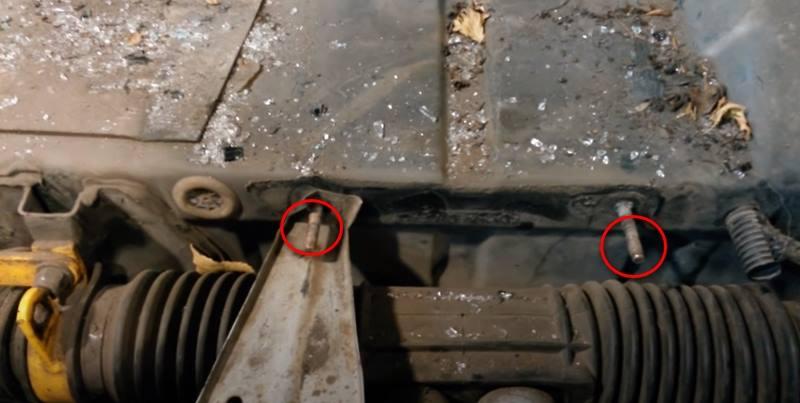 Шпильки крепления кондиционерной установки