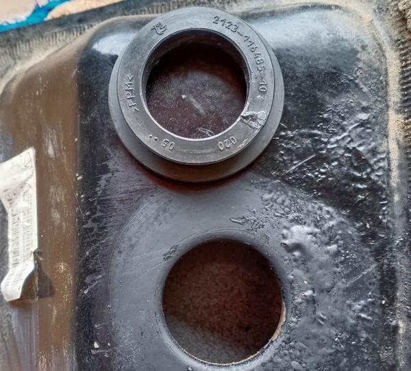 Уплотнительное кольцо под гравитационный клапан Приора